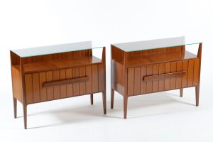 Mid Century Italian pair of night stands or side tables with glass top, 1950 Image