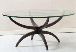 Mid Century Italian round coffee table thick bevelled glass top 1950. Tavolo Basso anni 50 con piano in vetro spesso molato. Image